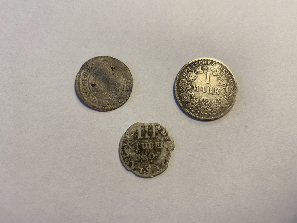 Silbermünzen aus verschiedenen Jahrgängen